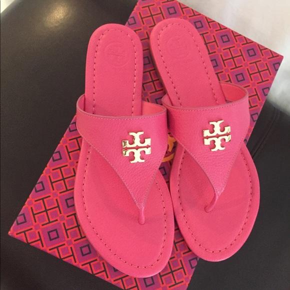 b3c0fb0a53e7 Tory Burch Laura Flat Thong Sandal Hot Pink